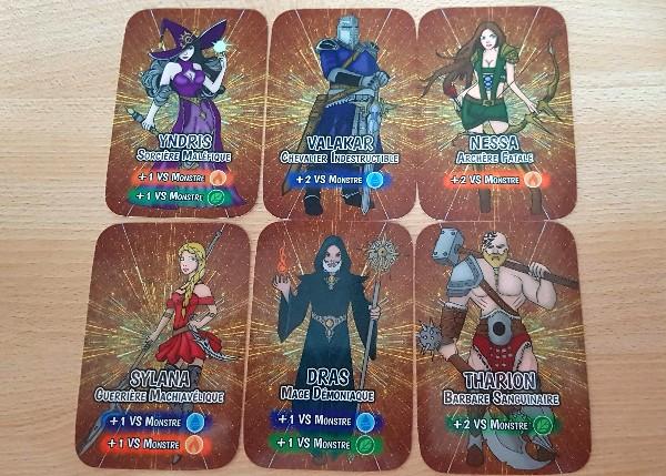 Les différentes cartes héros du jeu Drinking Game