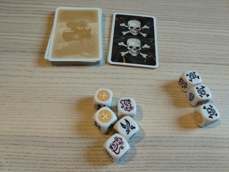 Partie en cours du jeu Mille Sabords ! avec 5 têtes de mort